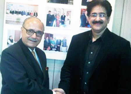 Sandeep Marwah with Vice President IACC Dr. Lalit Bhasin